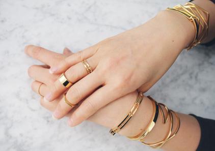 Customize jewelry with Custom Fashion Jewels